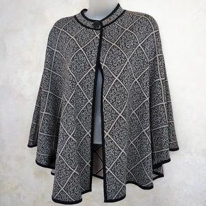 Jackets & Blazers - Reversible Cape Like New L-1X
